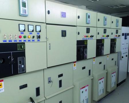 Montaje y Puesta en Servicio de Celdas de Protección Media Tensión 13.8 KV  - SANMINDEC.